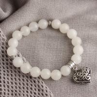 White agate bracelet with silver-plated heart