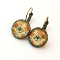 Cabochon earrings in vintage style
