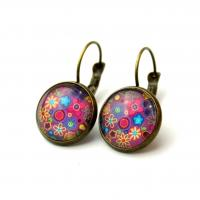 Cabochon earrings in purple