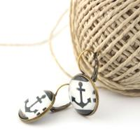 Bronze earrings with anchors