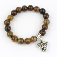 Agate bracelet with triangle