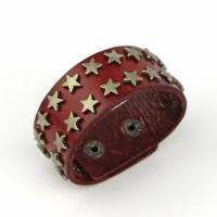 Leather bracelet with stars red