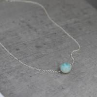 Minimalistic necklace with amazonite bead